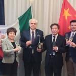 MILANO - Firma dell'accordo tra MAP e Industrie Creative di Zhengzhou per il deposito esclusivo di MARCHI e BREVETTI in Cina.